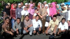 bersama simpatisAN DI Manado