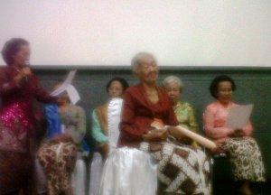 Ibu Sri Wahyuni, mbah Ni